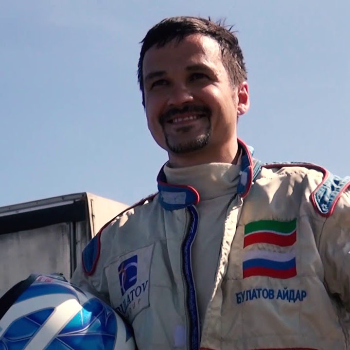 Айдар Булатов
